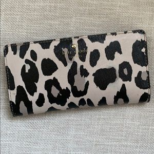 Kate Spade Cheetah wallet